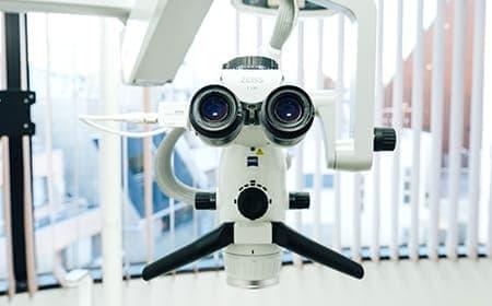 マイクロスコープ(歯科手術用顕微鏡)