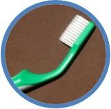 三好歯科 自由が丘のTepeの緑色の歯ブラシのヘッドが曲がった画像